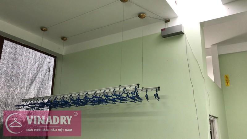 giàn phơi bấm điện tự động Vinadry có cấu tạo nhỏ gọn, dễ dàng lắp đặt
