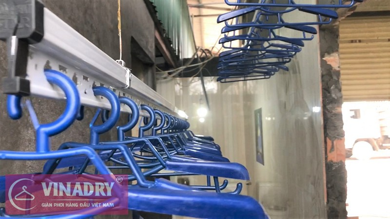 Lắp đặt giàn phơi thông minh nhà chị Hồng ở Cầu Phù Đổng, Long Biên