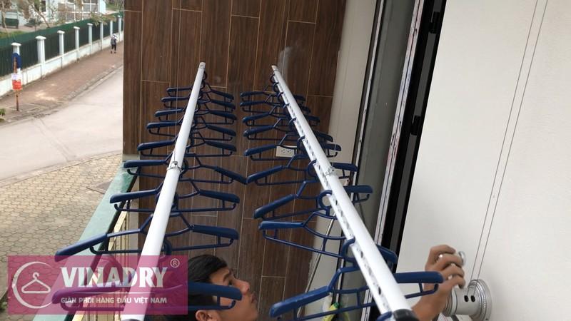 Lắp giàn phơi Long Biên nhà chị Yến ở chung cư H8, KĐT Việt Hưng
