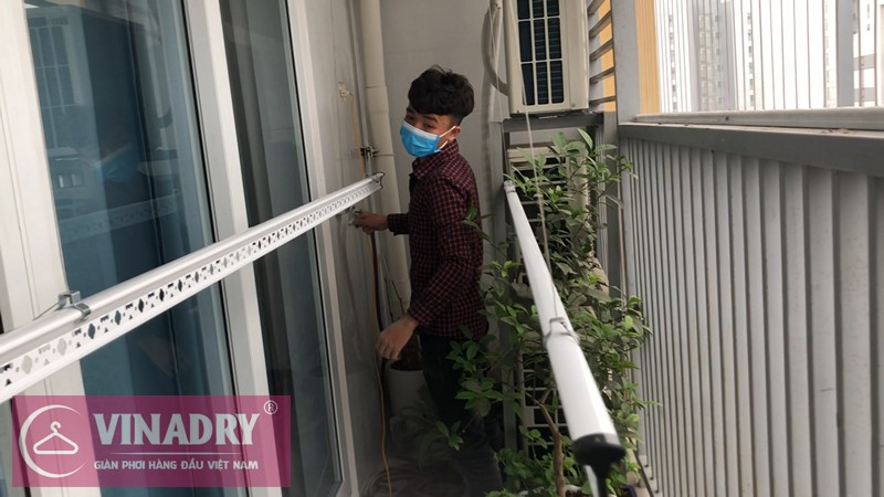 Lắp giàn phơi Hoàng Mai nhà chị Quỳnh P2107 chung cư CT1 Bắc Linh Đàm