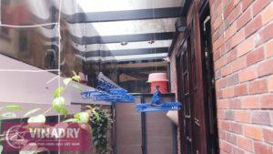 Lắp giàn phơi thông minh ở trần kính cường lực nhà chú Lực ở Võng Thị, Tây Hồ