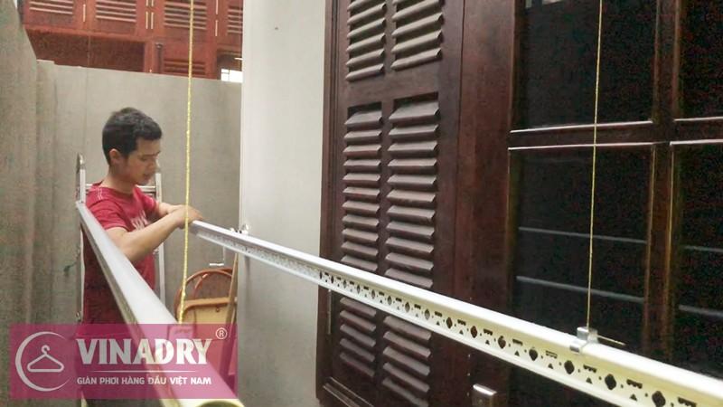 Lắp giàn phơi Tây Hồ - bộ tay quay liền HP701, nhà chị Lan số 16 Võng Thị