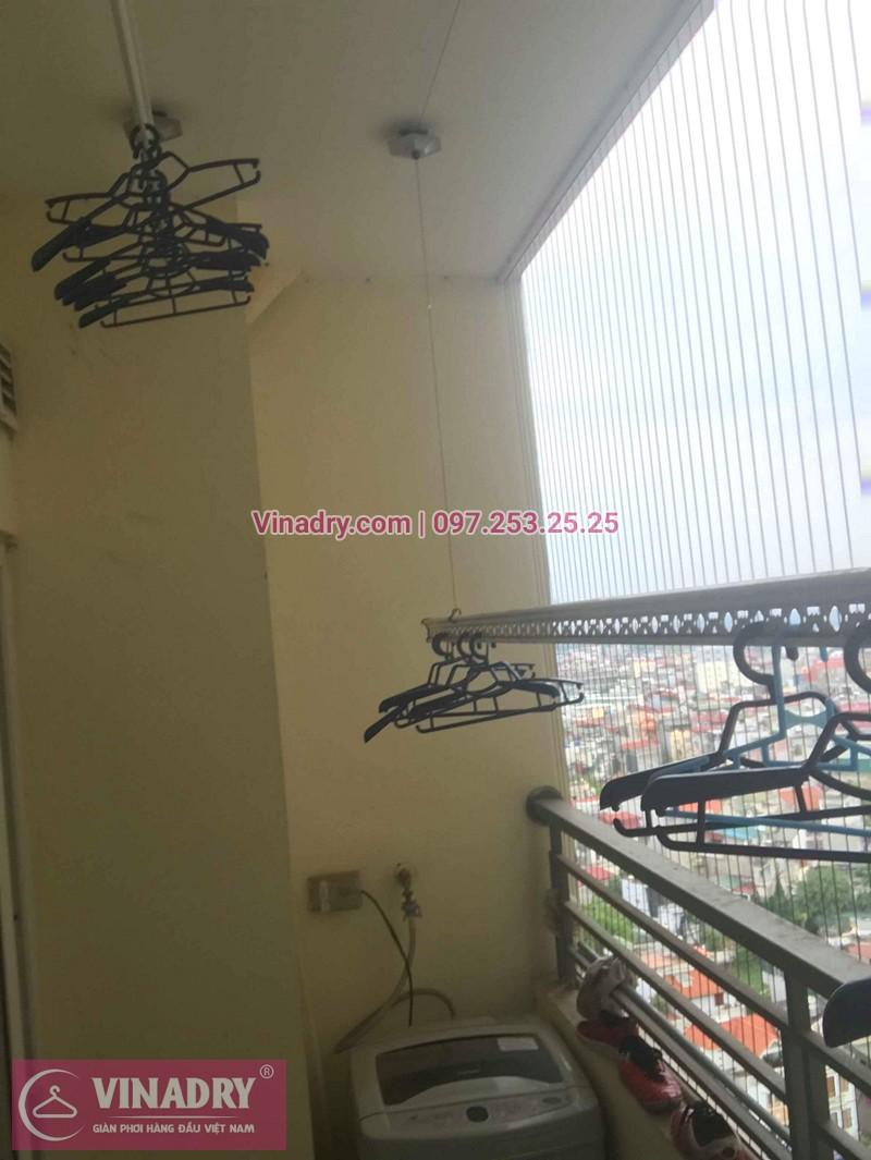 Hình ảnh thực tế bộ giàn phơi quần áo chung cư nhà chị Lạc