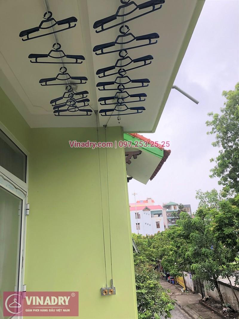 Lắp giàn phơi Gia Lâm bộ Hòa Phát nhà chị Hằng ở ngõ 46 Trâu Qùy