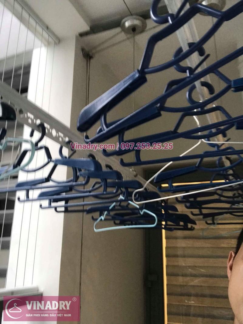 Lắp giàn phơi Hai Bà Trưng nhà chị Hoa ở tòa Park 11 Park Hill
