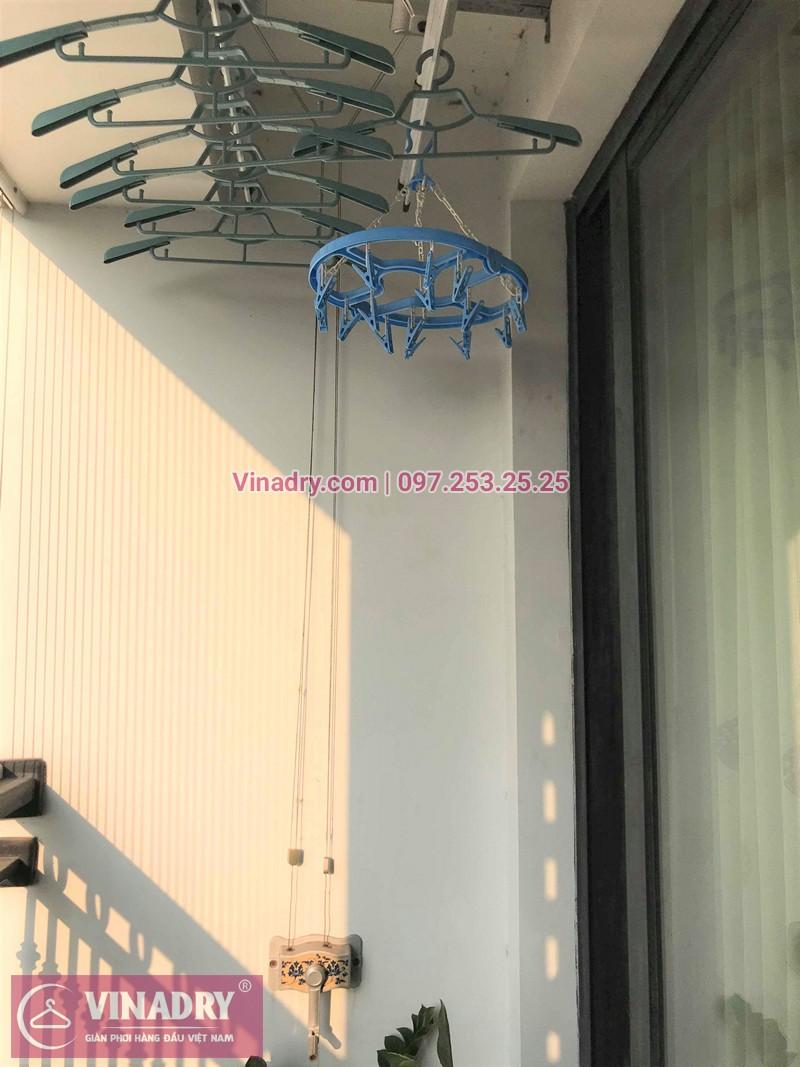 Hình ảnh thực tế bộ giàn phơi quần áo chung cư nhà chị Hải