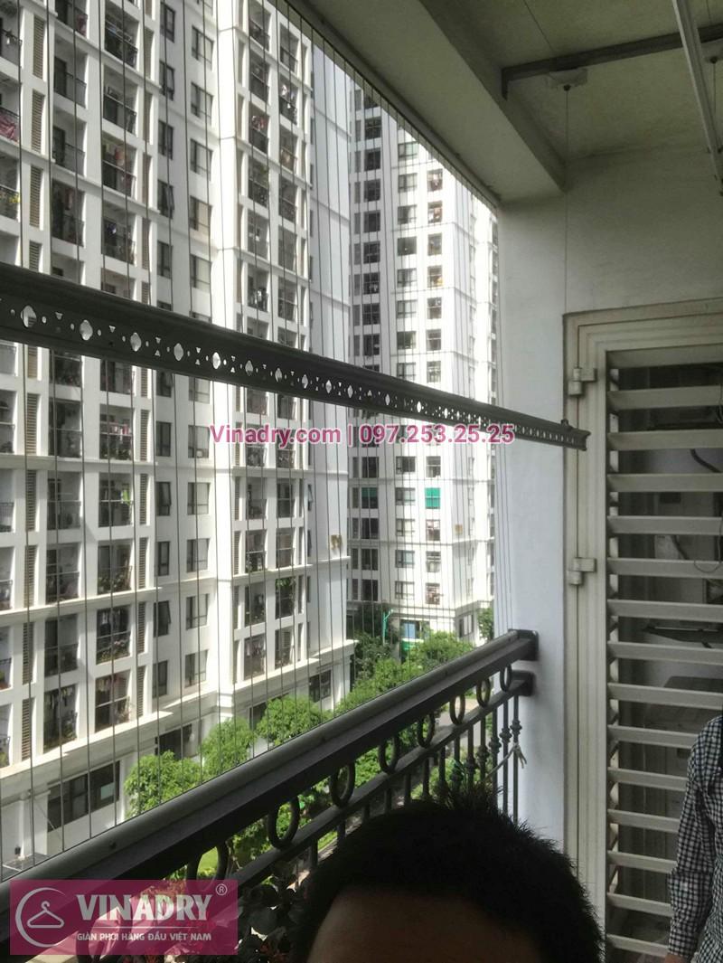 Hình ảnh thực tế bộ giàn phơi quần áo chung cư nhà chị Minh