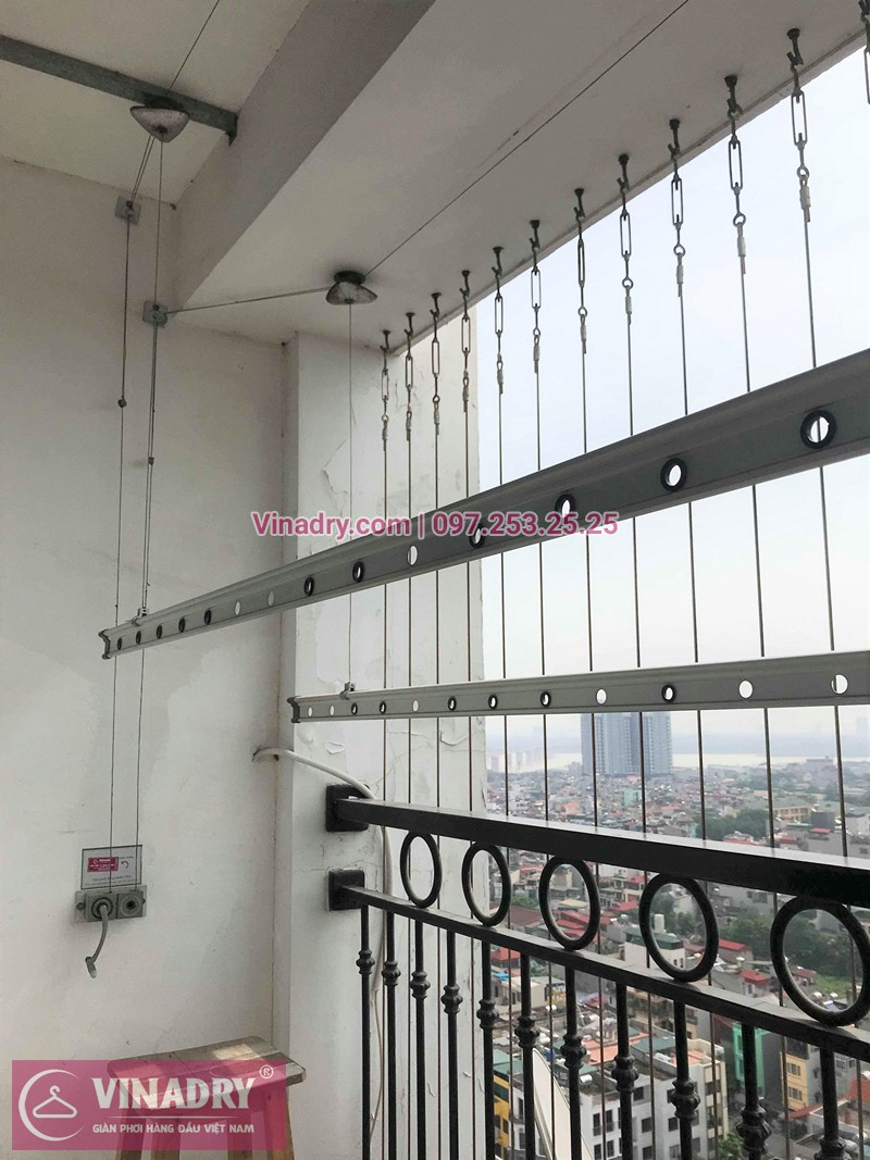 Hình ảnh thực tế bộ giàn phơi quần áo chung cư nhà chị Hương