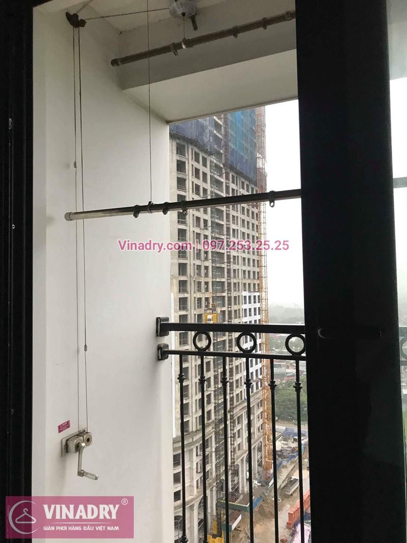 Hình ảnh thực tế bộ giàn phơi quần áo chung cư nhà cô Bông