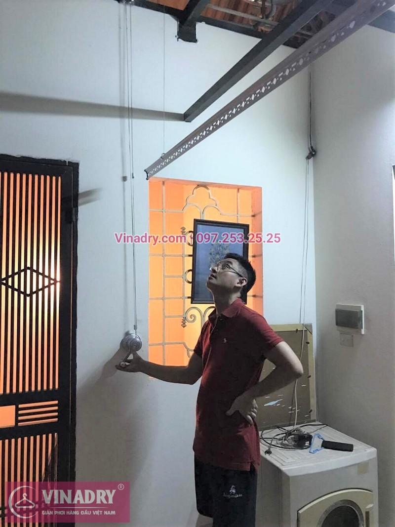 Lắp giàn phơi Hai Bà Trưng nhà anh Nam ở ngõ 25 Thái Phiên