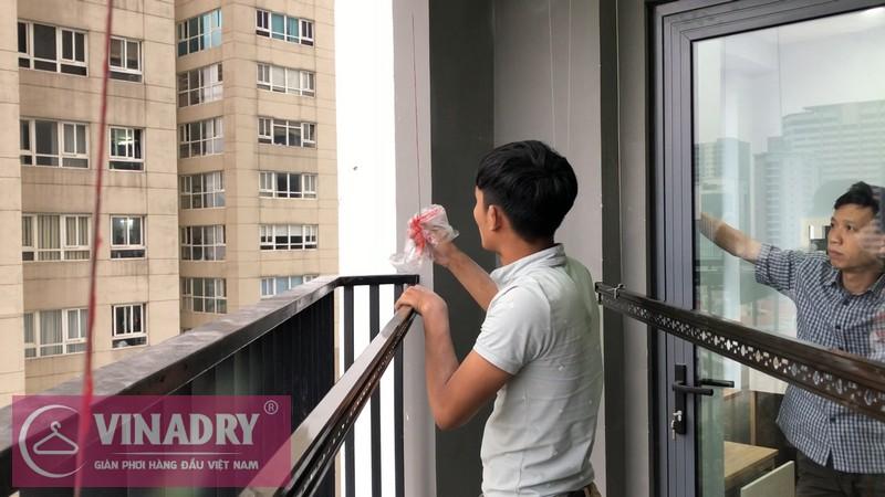 Lắp đặt giàn phơi thông minh Cầu giấy nhà anh Vững, căn 1008 chung cư Vinaconex - 03