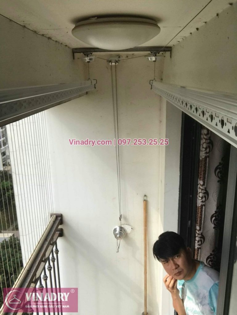 Lắp giàn phơi thông minh Hòa Phát tại Times City nhà anh Bình, Tòa T8 - 02