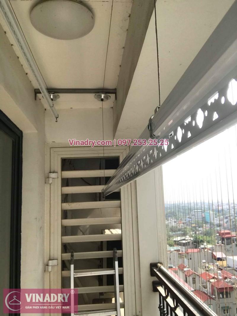 Lắp giàn phơi thông minh Hòa Phát tại Times City nhà anh Bình, Tòa T8 - 03