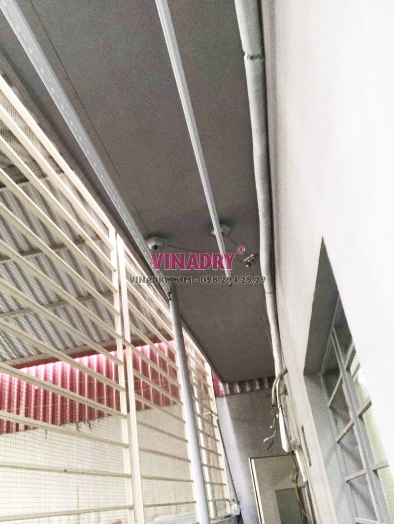 Bộ giàn phơi quần áo giá rẻ Hòa Phát Ks950- 04