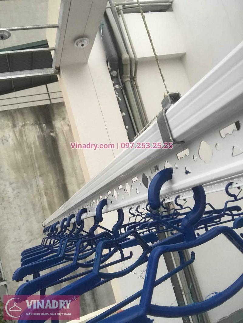 Hình ảnh giàn phơi thông minh Hòa Phát HP701 lắp đặt tại nhà chị Oanh, Đống Đa, Hà Nội - 03
