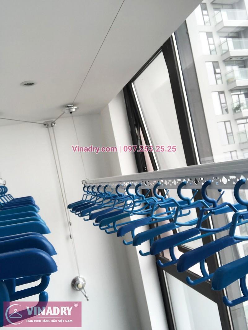 Lắp giàn phơi thông minh chung cư Sun Grand City Hoàng Hoa Thám nhà chị Quế, tòa S1 - 01
