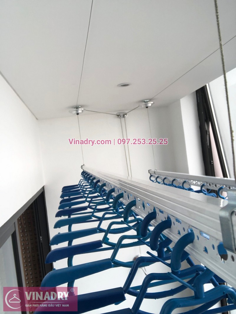 Lắp giàn phơi thông minh chung cư Sun Grand City Hoàng Hoa Thám nhà chị Quế, tòa S1 - 03