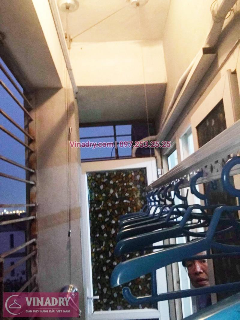 Lắp giàn phơi giá rẻ tại Long Biên nhà chú Mẫn, chung cư ngõ 640 Nguyễn Văn Cừ - 07