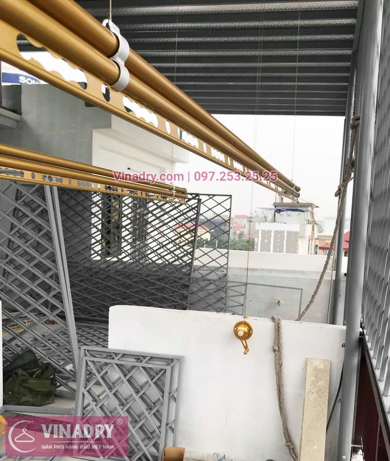 Giàn phơi hp 702 màu vàng sang trọng lắp tại Long Biên nhà chị Hường - 02
