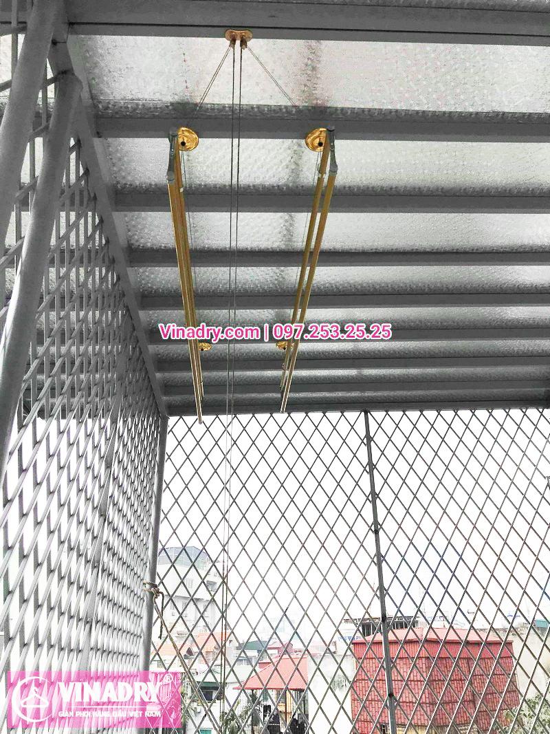 Giàn phơi hp 702 màu vàng sang trọng lắp tại Long Biên nhà chị Hường - 06
