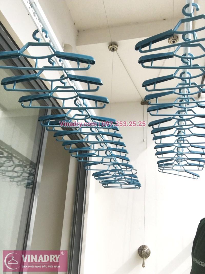 Lắp giàn phơi thông minh kèm lưới an toàn ban công tại chung cư HPC Landmark 105 Hà Đông - 05