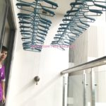 Lắp giàn phơi thông minh kèm lưới an toàn ban công tại chung cư HPC Landmark 105 Hà Đông