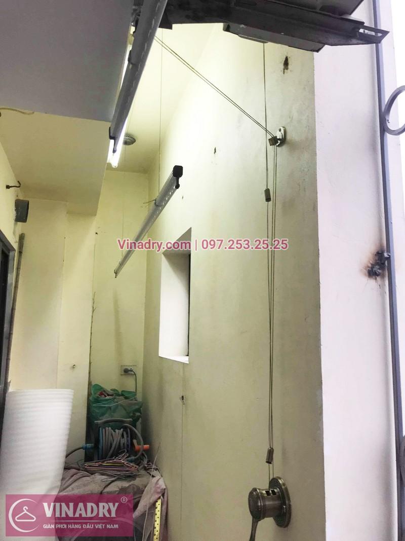 Lắp giàn phơi cho ban công hẹp nhà anh Long, phố Nguyễn Sơn, Long Biên, Hà Nội - 04ac