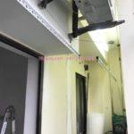 Lắp giàn phơi cho ban công hẹp nhà anh Long, phố Nguyễn Sơn, Long Biên, Hà Nội