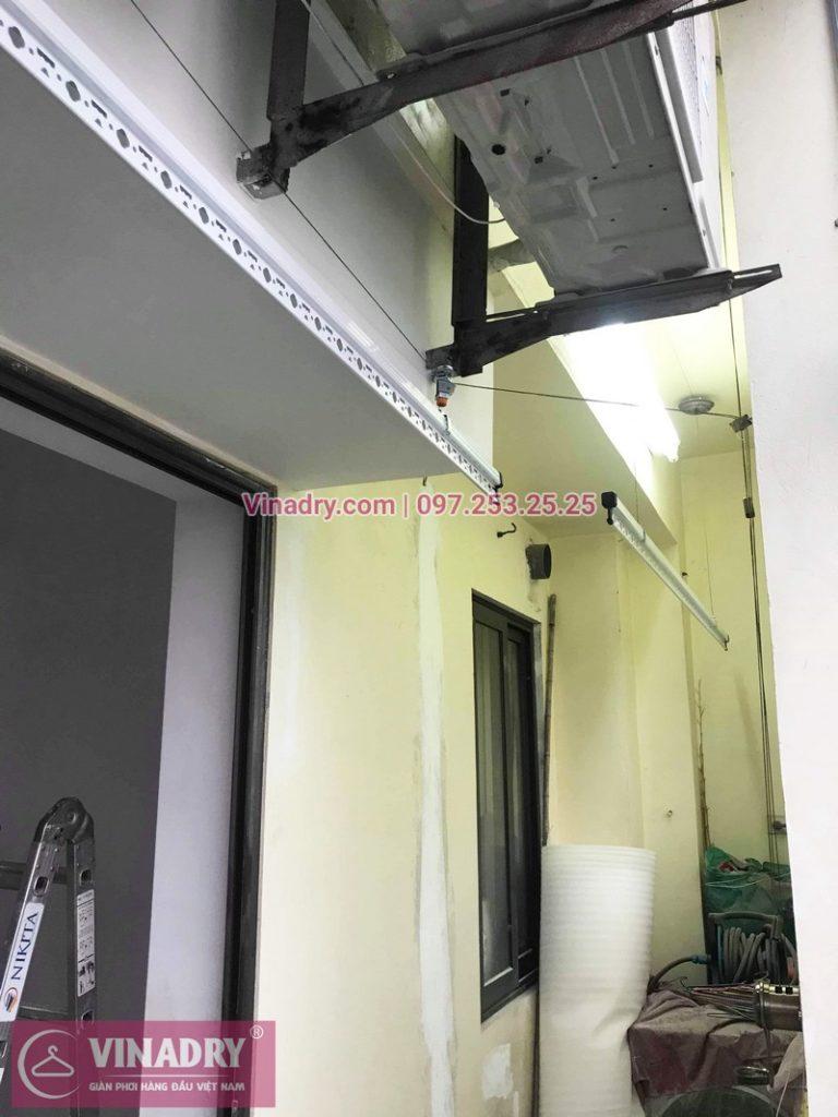 Lắp giàn phơi cho ban công hẹp nhà anh Long, phố Nguyễn Sơn, Long Biên, Hà Nội - 05