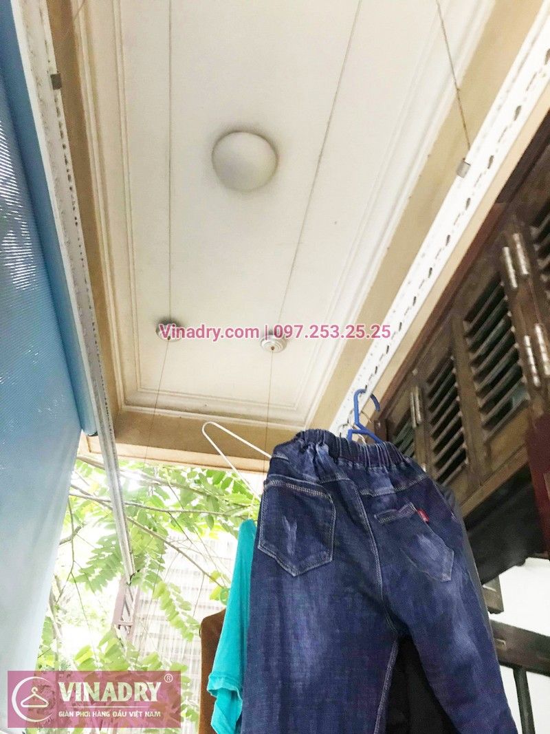 Thay 1 dây cáp giàn phơi phơi tại nhà chị Dao, phố Lê Ngọc Hân, Hà Nội - 07