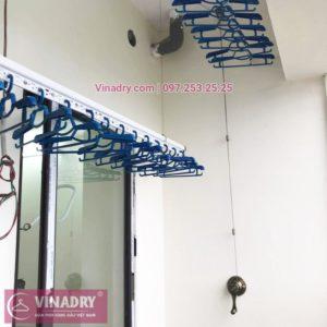 Mẫu giàn treo quần áo Vinadry GP902 lắp thực tế tại chung cư