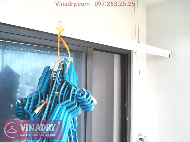 """Giàn phơi Vinadry GP911 """"đẹp lạ"""" giá chỉ 1.690k lắp tại Goldmark City nhà anh Vui, tòa R4A - 04"""