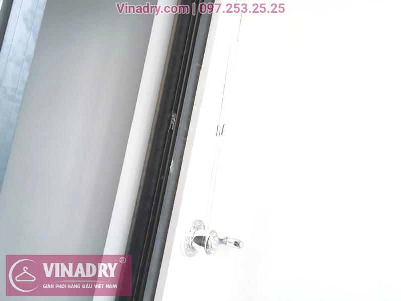 """Giàn phơi Vinadry GP911 """"đẹp lạ"""" giá chỉ 1.690k lắp tại Goldmark City nhà anh Vui, tòa R4A - 06"""
