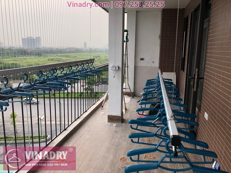 Lắp giàn phơi thông minh chống rối và lưới an toàn ban công tại Long Biên cho nhà anh Lợi
