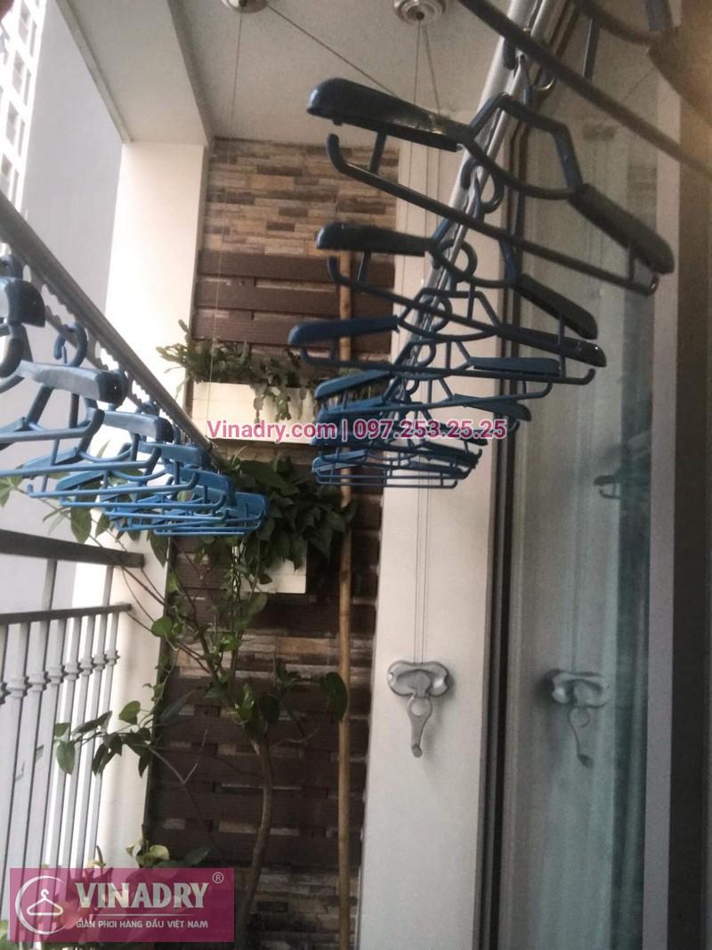 Lắp giàn phơi thông minh chống rối tại Times City, nhà chị My tại căn 1807, Park 9, Park Hill