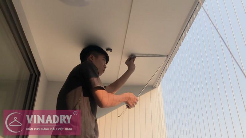 Vinadry lắp giàn phơi chống rối GP972 tại Vinhomes Green Bay Mễ Trì cho nhà chị Lụa 01