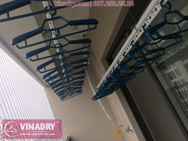 Vinadry lắp giàn phơi Hòa Phát giá rẻ HP701 tại Dcapitale Trần Duy Hưng cho nhà chị Bích