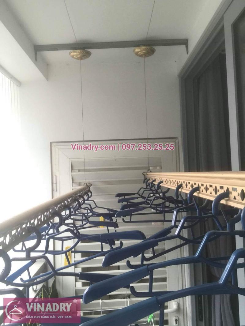 Vinadry lắp giàn phơi Hòa Phát và lưới an toàn ban công tại Vinhomes Nguyễn Chí Thanh, bộ KG900 cho nhà cô Phấn - 05
