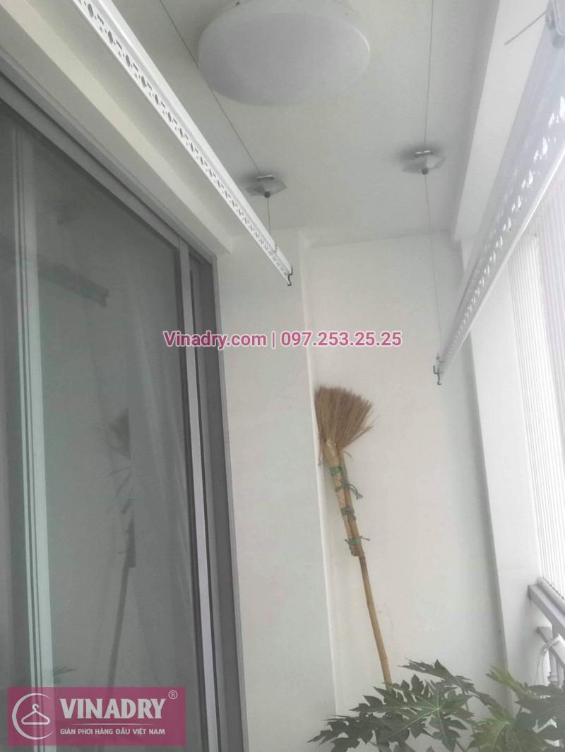 Nhà cô Cầm lắp giàn phơi Hòa Phát giá rẻ KS950 tại Times City - 02