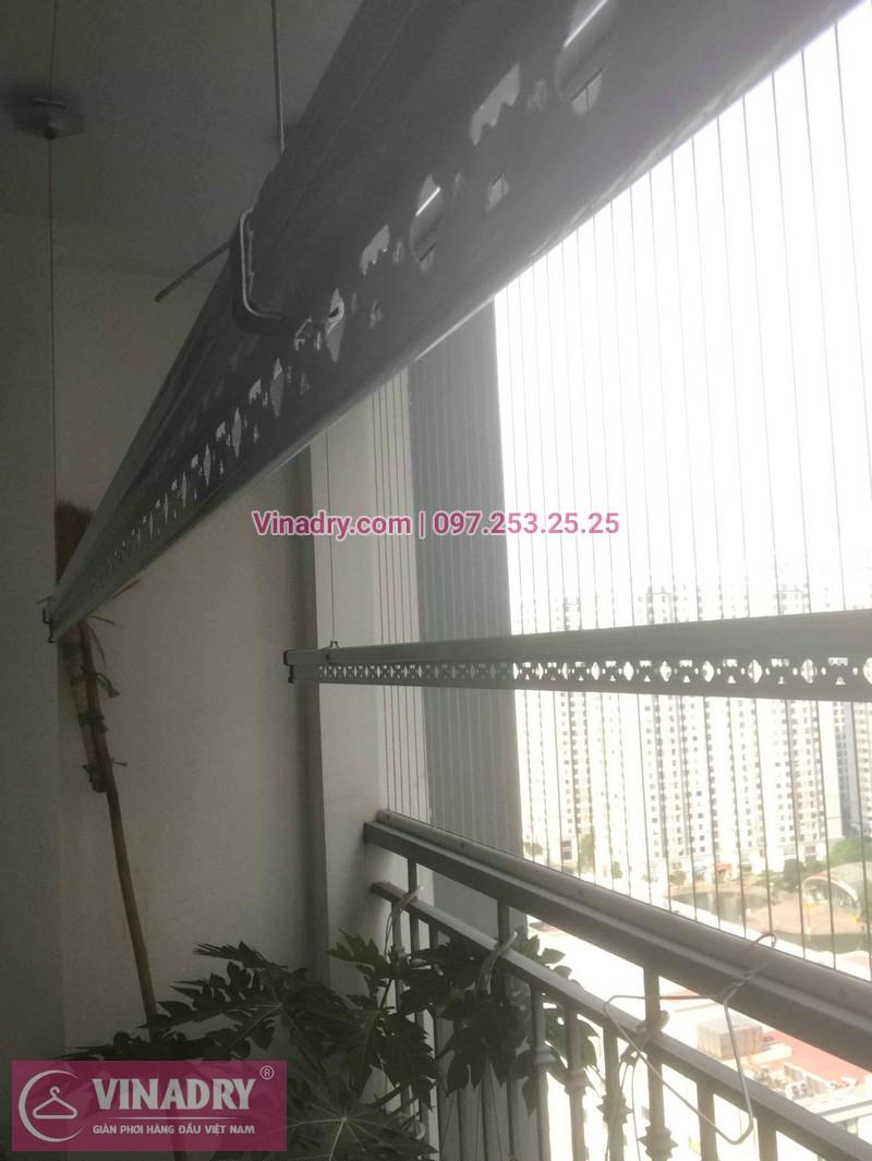Nhà cô Cầm lắp giàn phơi Hòa Phát giá rẻ KS950 tại Times City - 03