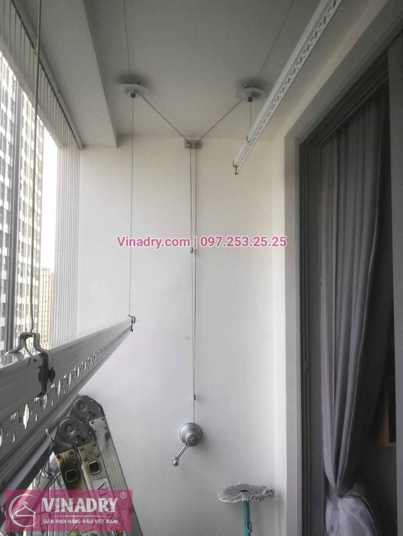 Nhà cô Cầm lắp giàn phơi Hòa Phát giá rẻ KS950 tại Times City - 05