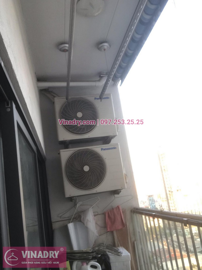 Vinadry lắp giàn phơi thông minh KS950 và lưới an toàn ban công tại Thanh Xuân, chung cư Nguyễn Tuân cho gia đình chị Mùi - 01