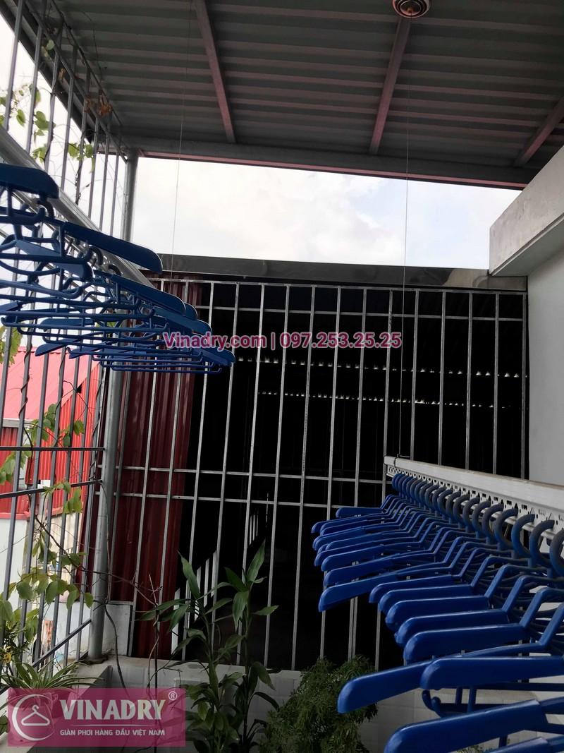 Vinadry lắp giàn phơi Hòa Phát HP701 tại phố Bồ Đề, quận Long Biên cho nhà chú Tự - 03