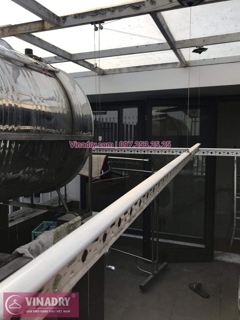 Vinadry lắp giàn phơi cực bền KS950 tại số 12, đường Anh Đào 6, Vinhomes Long Biên cho nhà anh Dự - 01