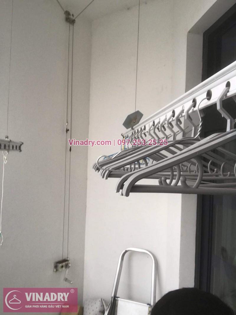 Sửa chữa giàn phơi Thanh Xuân - Thay dây cáp giàn phơi giá rẻ cho nhà chị Tiên tại căn 17 tầng 28 RoyalCity - 01