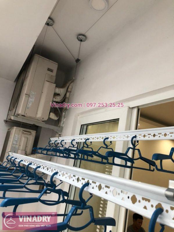 Lắp giàn phơi thông minh Hòa Phát KS950 kèm lưới ban công tại Thanh Xuân - 02