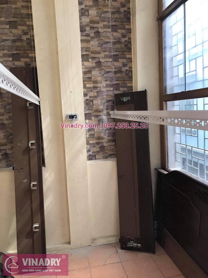 Lắp bộ giàn phơi Hòa Phát HP368 giá rẻ tại nhà chị Cúc - 03